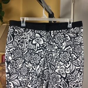 Lane Bryant 18 Tuxedo Striped Floral Cropped Pants